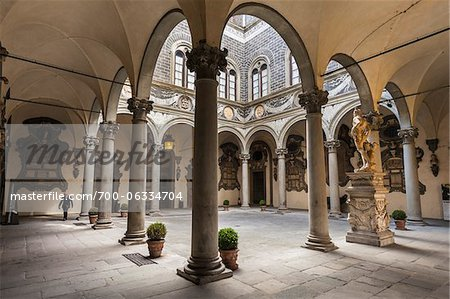 Inner Courtyard of Palazzo Medici Riccardi, Florence, Tuscany, Italy Stock Photo - Rights-Managed, Image code: 700-06334704