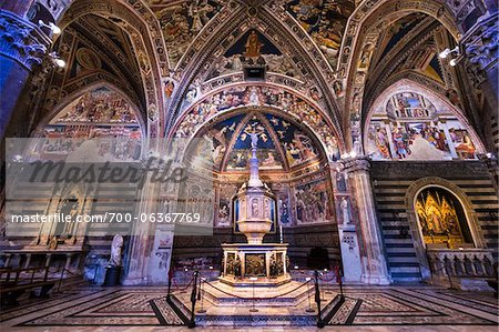 Baptistry of Siena Cathedral, Siena, Tuscany, Italy Stock Photo - Rights-Managed, Image code: 700-06367769