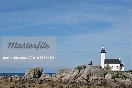 Lighthouse, Brignogan-Plage, Finistere, Bretagne, France Stock Photo - Rights-Managed, Image code: 700-06383059