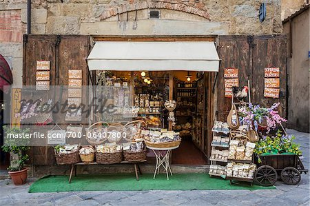 Exterior of Shop, Arezzo, Province of Arezzo, Tuscany, Italy Stock Photo - Rights-Managed, Image code: 700-06407800