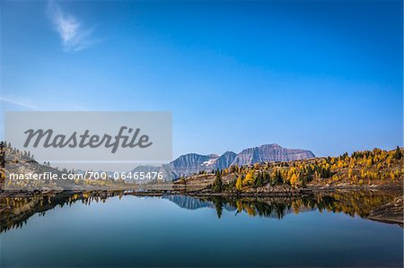 Rock Isle Lake in Autumn, Mount Assiniboine Provincial Park, British Columbia, Canada Stock Photo - Rights-Managed, Image code: 700-06465476