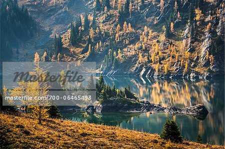 Grizzly Lake in Autumn, Sunshine Meadows, Mount Assiniboine Provincial Park, British Columbia, Canada Stock Photo - Rights-Managed, Image code: 700-06465493