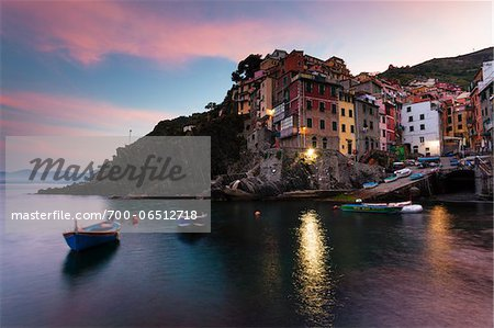 Clifftop village of Riomaggiore at dawn, Cinque Terre National Park, UNESCO World Heritage Site, Liguria, Italy Stock Photo - Rights-Managed, Image code: 700-06512718