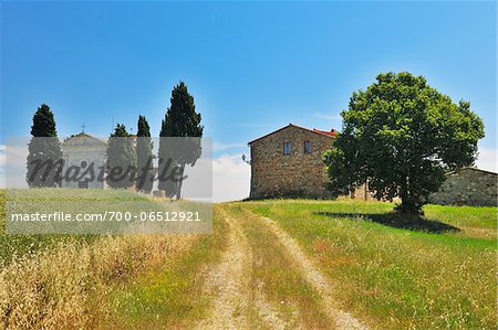 Path to Historic Chapel of Vitaleta and Farmhouse in Summer, San Quirico d'Orcia, Province of Siena, Tuscany, Italy Stock Photo - Rights-Managed, Image code: 700-06512921