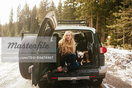 Portrait of Woman with her French Bulldog in the Back of an FJ Cruiser SUV on Mt. Hood, Oregon, USA Stock Photo - Rights-Managed, Image code: 700-06674967