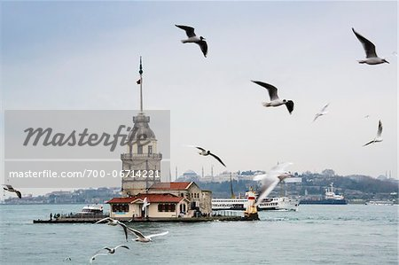 Turkey, Marmara, Istanbul, Uskudar, Maiden's Tower (Leander's Tower) over the Bosphorus Strait Stock Photo - Rights-Managed, Image code: 700-06714221