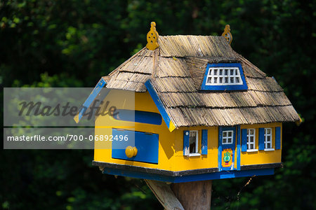 Unique letter box in the shape of a thatched house, Born am Darss, Fischland-Darss-Zingst peninsula, Mecklenburg-Western Pomerania, Germany, Europe Stock Photo - Rights-Managed, Image code: 700-06892496
