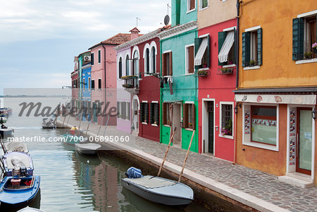 Houses on the waterfront, Burano, Venice, Veneto, Italy, Europe Stock Photo - Rights-Managed, Image code: 700-06895060