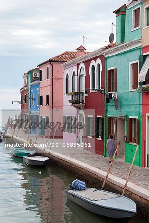 Houses on the waterfront, Burano, Venice, Veneto, Italy, Europe Stock Photo - Rights-Managed, Image code: 700-06895061
