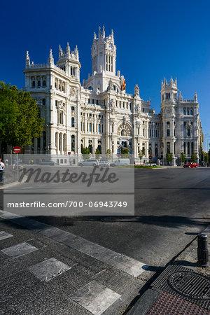 Europe, Spain, Comunidad de Madrid, Madrid, Plaza de Cibeles, Palacio de Correos (the old mail bulding)