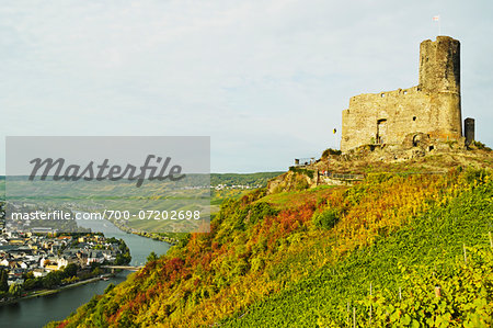 Landshut Castle Ruins, Bernkastel-Kues and Moselle River, Rhineland-Palatinate, Germany Stock Photo - Rights-Managed, Image code: 700-07202698
