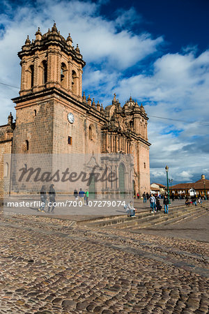 Cathedral of Santo Domingo with people and cobblestone street, Cusco, Peru Stock Photo - Rights-Managed, Image code: 700-07279074