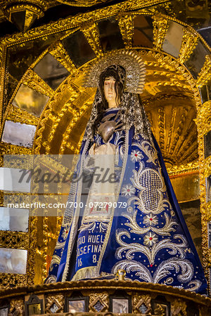 Close-up of altar with statue of Virgin Mary at Cathedral of Santo Domingo, Cusco, Peru Stock Photo - Rights-Managed, Image code: 700-07279079