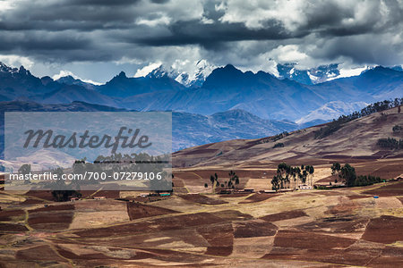 Scenic overview of farms and mountains near Chinchero, Sacred Valley of the Incas, Peru Stock Photo - Rights-Managed, Image code: 700-07279106