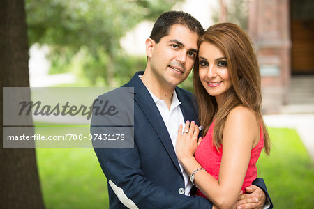 Portrait of Man and Woman Outdoors, Toronto, Ontario, Canada Stock Photo - Rights-Managed, Image code: 700-07431178