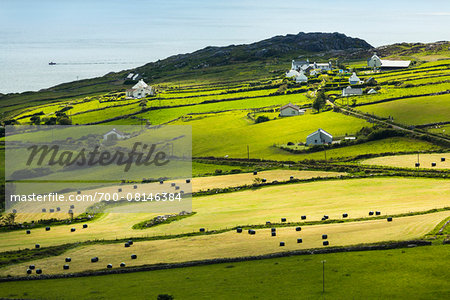 Scenic, coastal view of Caherdaniel, along the Ring of Kerry, County Kerry, Ireland Stock Photo - Rights-Managed, Image code: 700-08146384