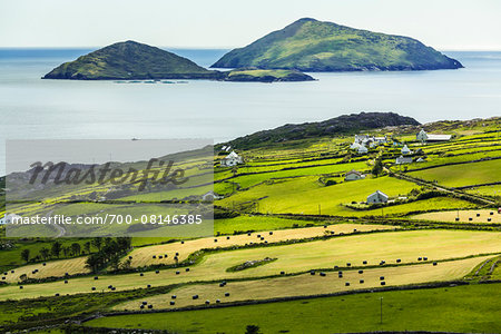 Scenic, coastal view of Caherdaniel, along the Ring of Kerry, County Kerry, Ireland Stock Photo - Rights-Managed, Image code: 700-08146385