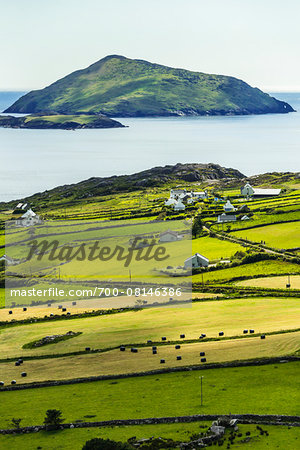 Scenic, coastal view of Caherdaniel, along the Ring of Kerry, County Kerry, Ireland Stock Photo - Rights-Managed, Image code: 700-08146386