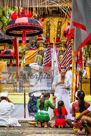 People praying, Temple Festival, Petulu, near Ubud, Bali, Indonesia Stock Photo - Rights-Managed, Image code: 700-08385839