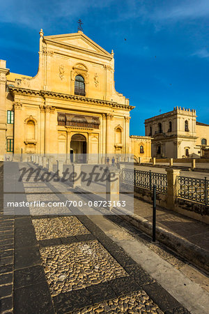 Facade of the stone, 18th century Basilica of San Salvatore in Noto in the Province of Syracuse in Sicily, Italy Stock Photo - Rights-Managed, Image code: 700-08723163