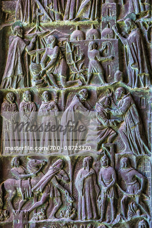 Detail of carved, relief artwork on a door in the Noto Cathedral (Cattedrale di Noto) in Noto in the Province of Syracuse in Sicily, Italy Stock Photo - Rights-Managed, Image code: 700-08723170