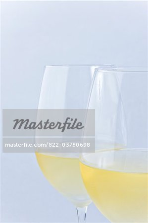 Two Glasses of White Wine Stock Photo - Rights-Managed, Image code: 822-03780698