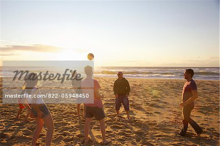 Group of People Playing Volleyball on Beach Stock Photo - Rights-Managed, Image code: 822-05948450