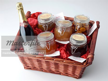 Large Hamper Stock Photo - Rights-Managed, Image code: 824-02294602