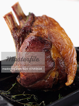 Rib of beef in a roasting tin Stock Photo - Rights-Managed, Image code: 824-07193614