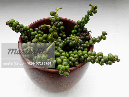 Thai green peppercorns Stock Photo - Rights-Managed, Image code: 824-07193764