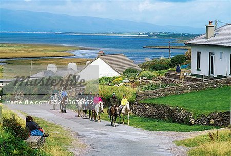 Glenbeigh, Co Kerry, Ireland; Pony Trekking Stock Photo - Rights-Managed, Image code: 832-03639652
