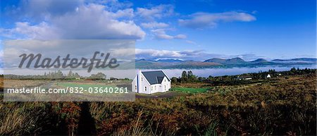 Kenmare Bay, Co Kerry, Ireland, Cottage Stock Photo - Rights-Managed, Image code: 832-03640261
