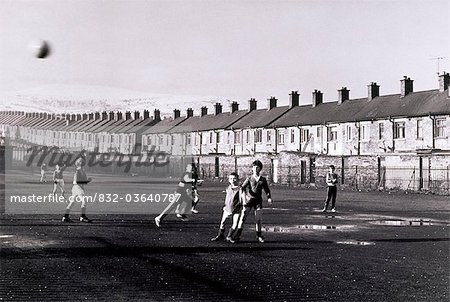 Belfast, Children Playing, Ardoyne North Belfast, Stock Photo - Rights-Managed, Image code: 832-03640787