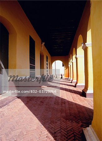 Colonial arcade in Trinidad, Cuba Stock Photo - Rights-Managed, Image code: 832-03723764