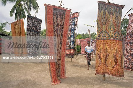Ikat cloths for sale, Sumba (Soemba) , Lesser Sundas, Indonesia, Southeast Asia, Asia Stock Photo - Rights-Managed, Image code: 841-02703391