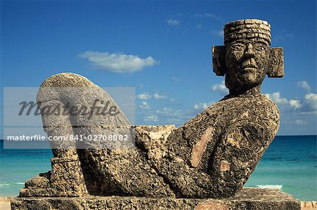 Statue of Chac-Mool, Cancun, Quitana Roo, Mexico, North America Stock Photo - Rights-Managed, Image code: 841-02708082