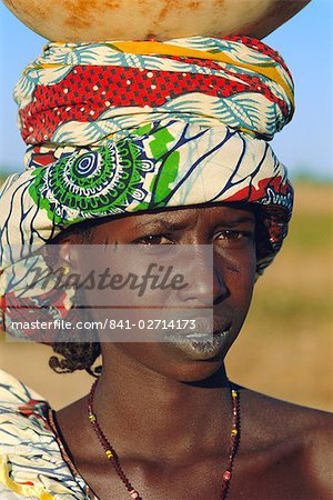 Young woman from the Peul tribe, Djenne, Mali, Africa