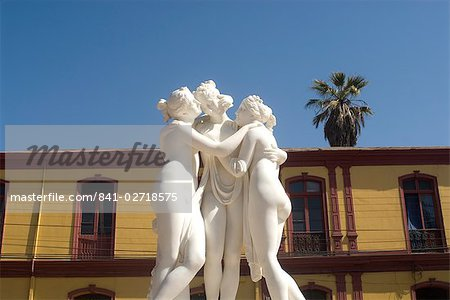 Greek like statue of three women embracing, La Serena, Chile, South America Stock Photo - Rights-Managed, Image code: 841-02718575