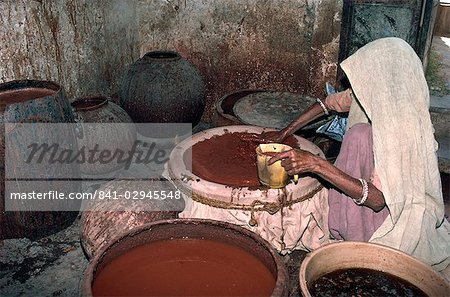 Mixing alum and other minerals for mud resist block printing, Bagru, near Jaipur, Rajasthan state, India, Asia Stock Photo - Rights-Managed, Image code: 841-02945548