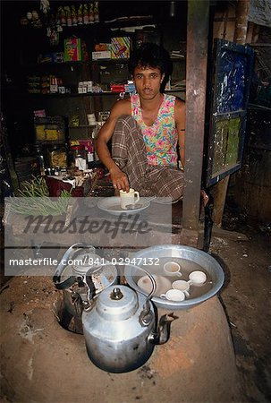 Man running a tea shop in Dhaka, Bangladesh, Asia Stock Photo - Rights-Managed, Image code: 841-02947132