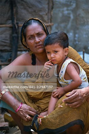 Mother and son in a slum in Dhaka, Bangladesh, Asia Stock Photo - Rights-Managed, Image code: 841-02947137