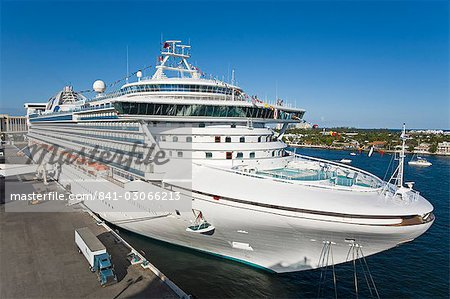 Cruise ship, Port Everglades, Fort Lauderdale, Florida, United States of America, North America