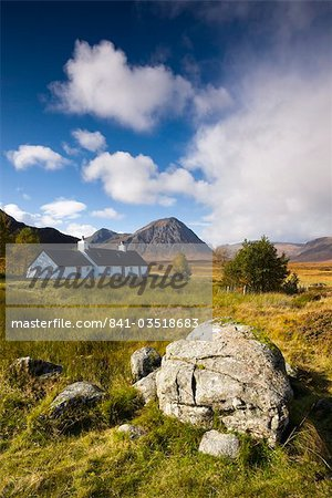 Cottage on Rannoch Moor near Buachaille Etive Mor, Highlands, Scotland, United Kingdom, Europe Stock Photo - Rights-Managed, Image code: 841-03518683