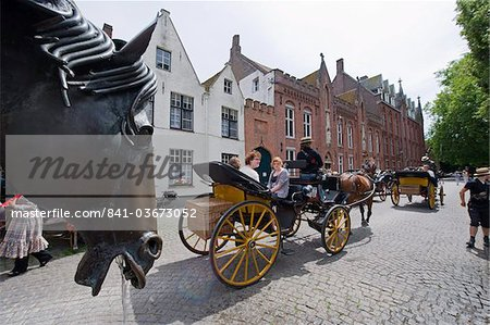 Horse and cart for tourists, old town, UNESCO World Heritage Site, Bruges, Flanders, Belgium, Europe Stock Photo - Rights-Managed, Image code: 841-03673052
