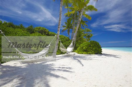 Hammock on empty tropical beach, Maldives, Indian Ocean, Asia Stock Photo - Rights-Managed, Image code: 841-03675010