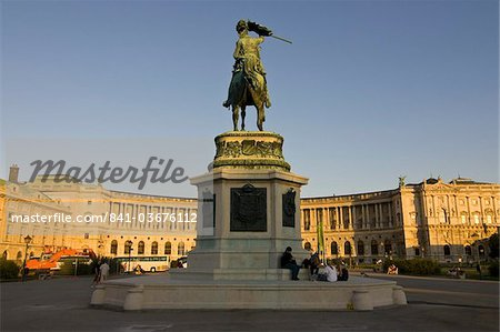 The Hofburg Palace on the Heldenplatz, Vienna, Austria, Europe Stock Photo - Rights-Managed, Image code: 841-03676112