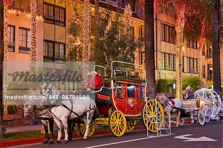 Festival of Lights at the historic Mission Inn, Riverside City, California, United States of America, North America Stock Photo - Rights-Managed, Image code: 841-05784500