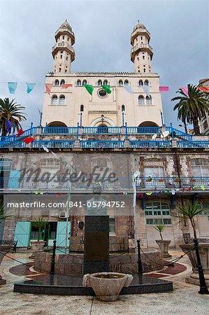Mosque Sidi-Mouhoub, Bejaia, Kabylia, Algeria, North Africa, Africa