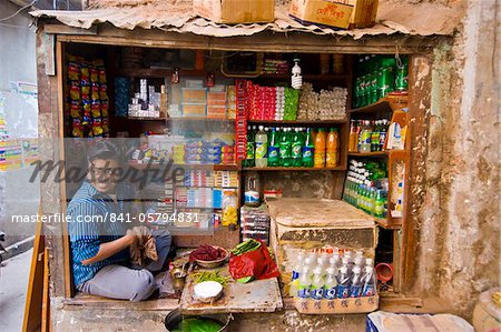 Man in his small shop, Dhaka, Bangladesh, Asia Stock Photo - Rights-Managed, Image code: 841-05794831