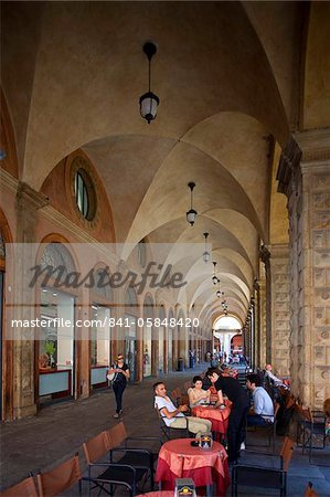 Cafe, Podesta Palace, Piazza Maggiore, Bologna, Emilia Romagna, Italy, Europe Stock Photo - Rights-Managed, Image code: 841-05848420